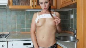 Caroline Ardolino Pissing - Golden Shower from Euro Babe Czechvr vr porn video vrporn.com virtual reality