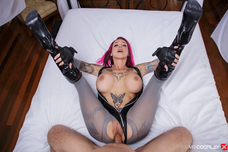 Jenaveve jolie sucking cock
