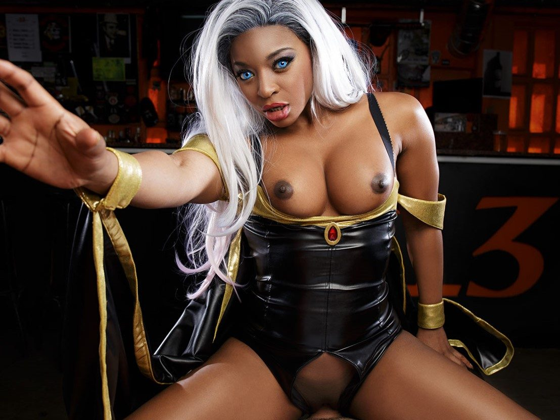 Ebony nude cosplay