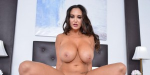 Ava Addams, Preston Parker My Friend's Hot Mom NaughtyAmericaVR vr porn video vrporn.com virtual reality