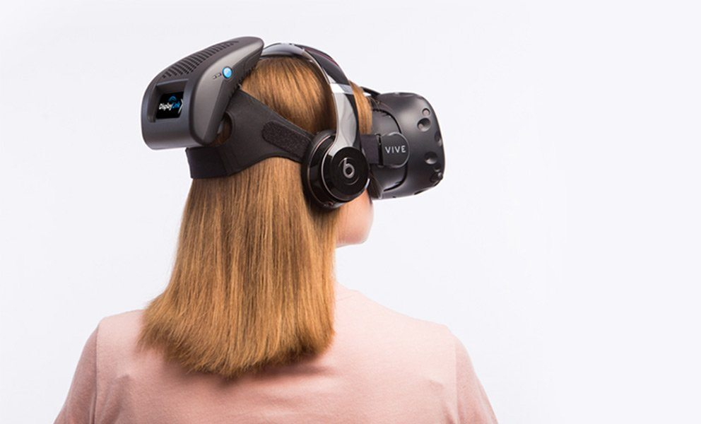 htc and intel demonstrate the displaylink high-end wireless vr solution roadtovr vr blog virtual reality