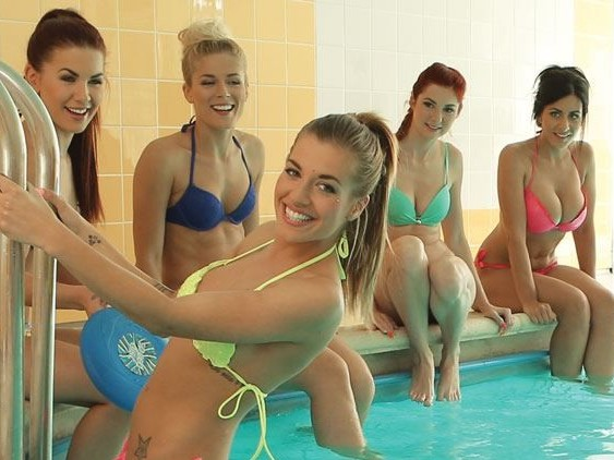 """Sauna """"Russian Style"""" - VR Orgy with 5 Babes"""