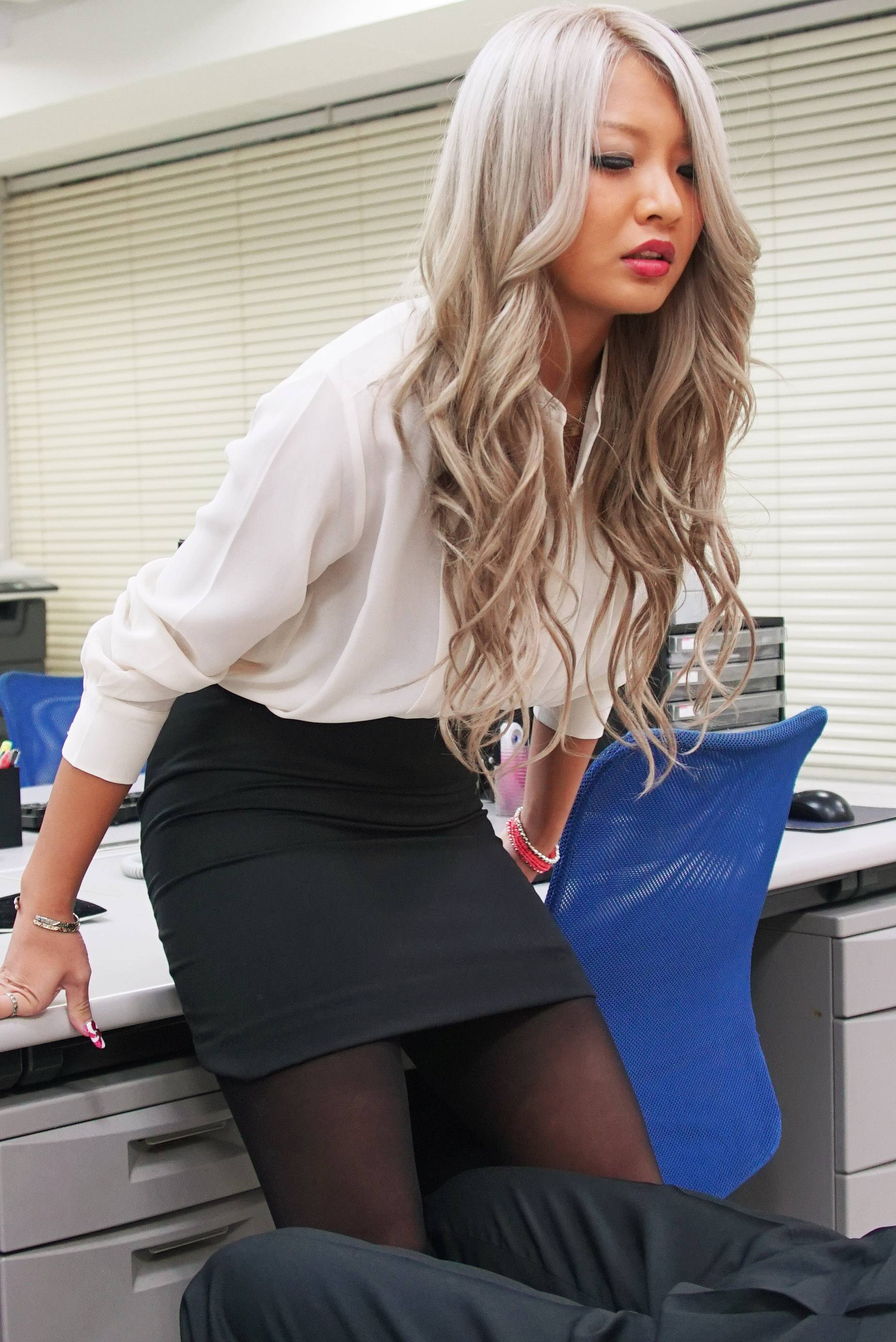 image The new method of release working pressure for office lady