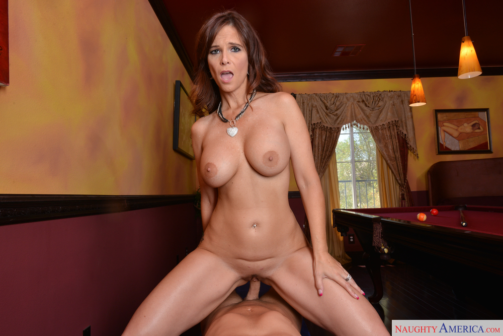 Free cougar milf movies can recommend