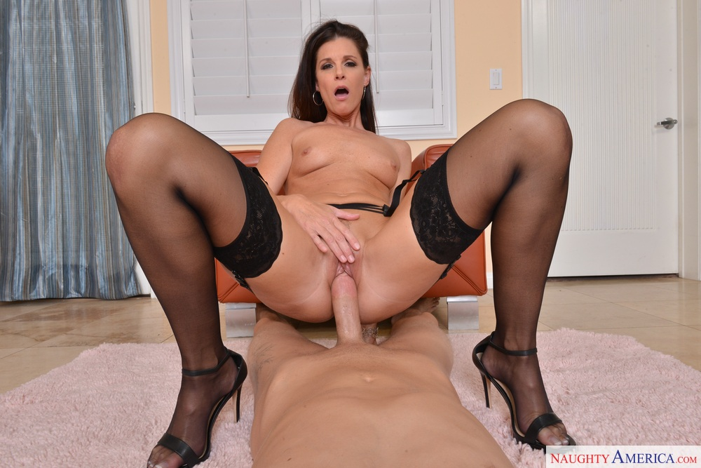 Brunette milf need bbc in all holes - 2 part 6