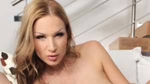 MILFs Who Love Pussy: When Cougars Are into Each Other maturereality vr porn blog virtual reality