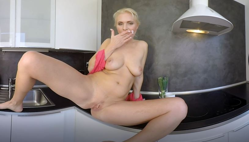 Sex After Sex Voyeur Mature Blonde Kathy Anderson Vr
