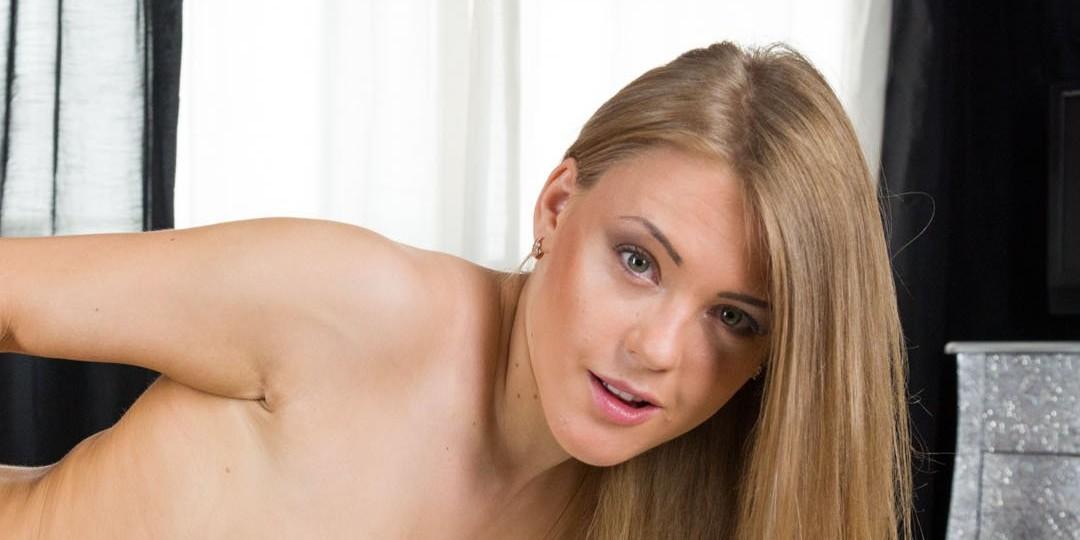 Virtual Reality Porn Woman Crush: Viola Bailey virtualtaboo vr porn blog virtual reality