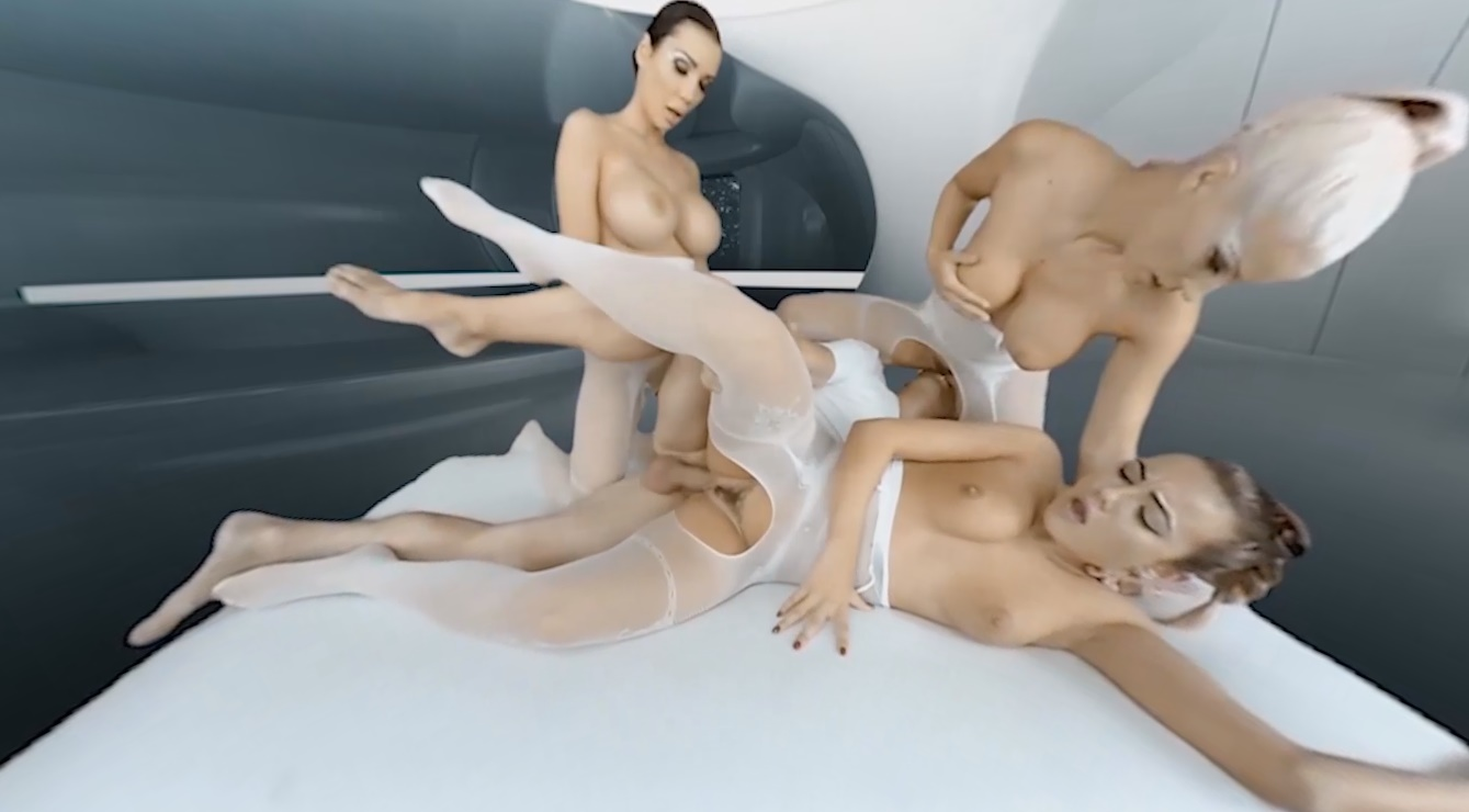 Realitylovers threesome fuck in outer space part 2 7