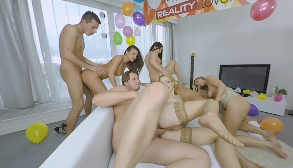 young naked girls threesome
