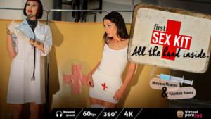 First-Sex Kit All the Hand Inside Minerva Valentina Bianco VirtualPorn 360 vr porn video vrporn.com virtual reality