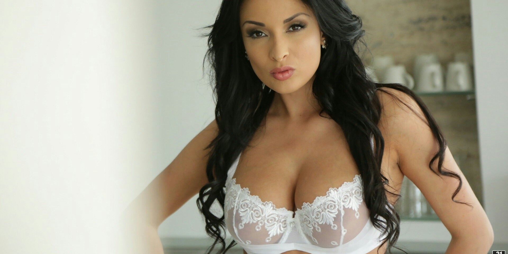Erotic exoticism or beguiling simplicity porns anissa kate