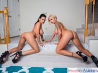 Hookers NaughtyAmericaVR Nina Elle Luna Star vr porn video vrporn.com virtual reality