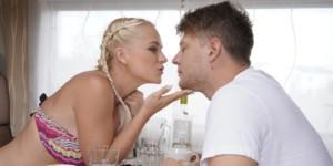 Italian Babe in Casting czechvr Rosella-Visconti vr porn video vrporn.com virtual reality