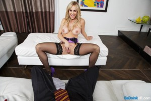 VR Porn Short Reviews: Brandi Love Is Your Halloween Treat badoinkvr vr porn blog virtual reality