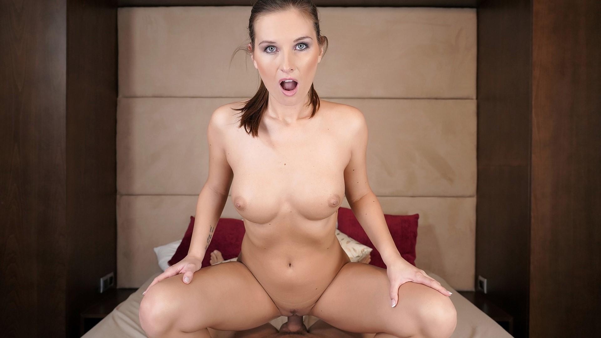 A Sensual Touch - Curvy Goddess