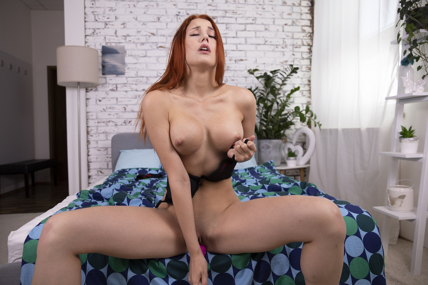 Hot Redhead Charlie Red Private Show