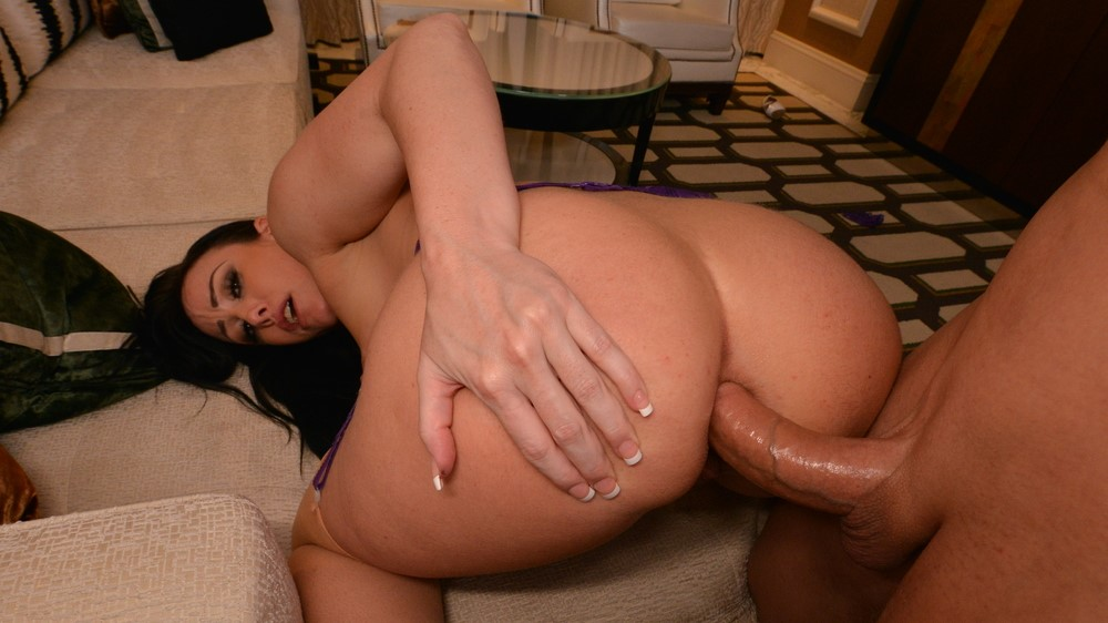 Jennifer White Gives You All Her Holes... Including The Back Door!!