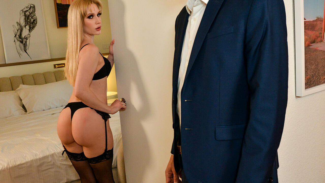 I make the arrangements to have the beautiful blonde Emma Starletto