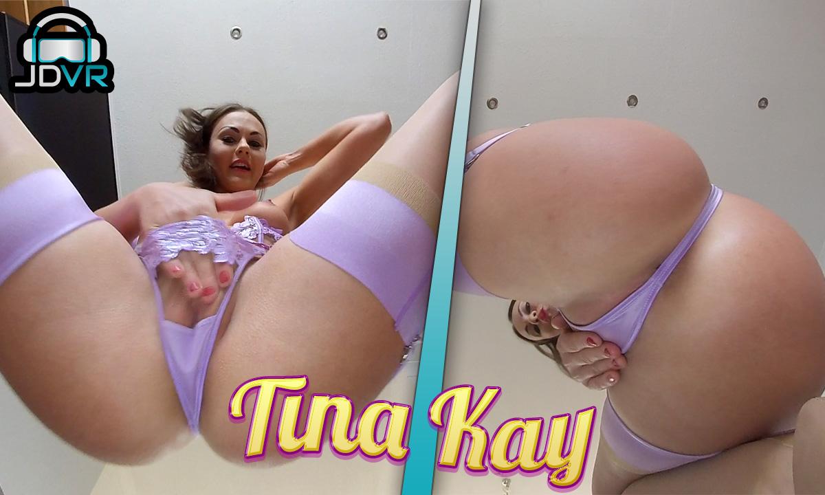 Tina Kay, Face Sitting