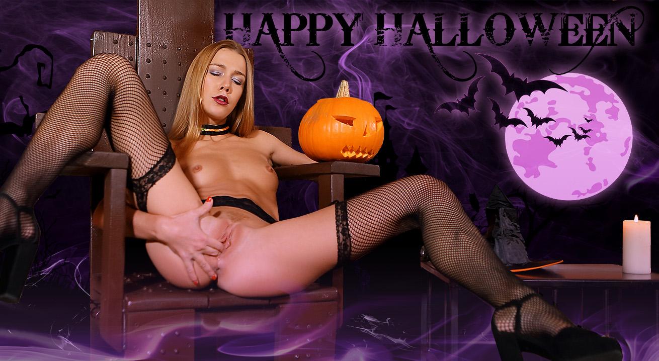Happy Halloween - Naughty Minx Has Special Sex Treat