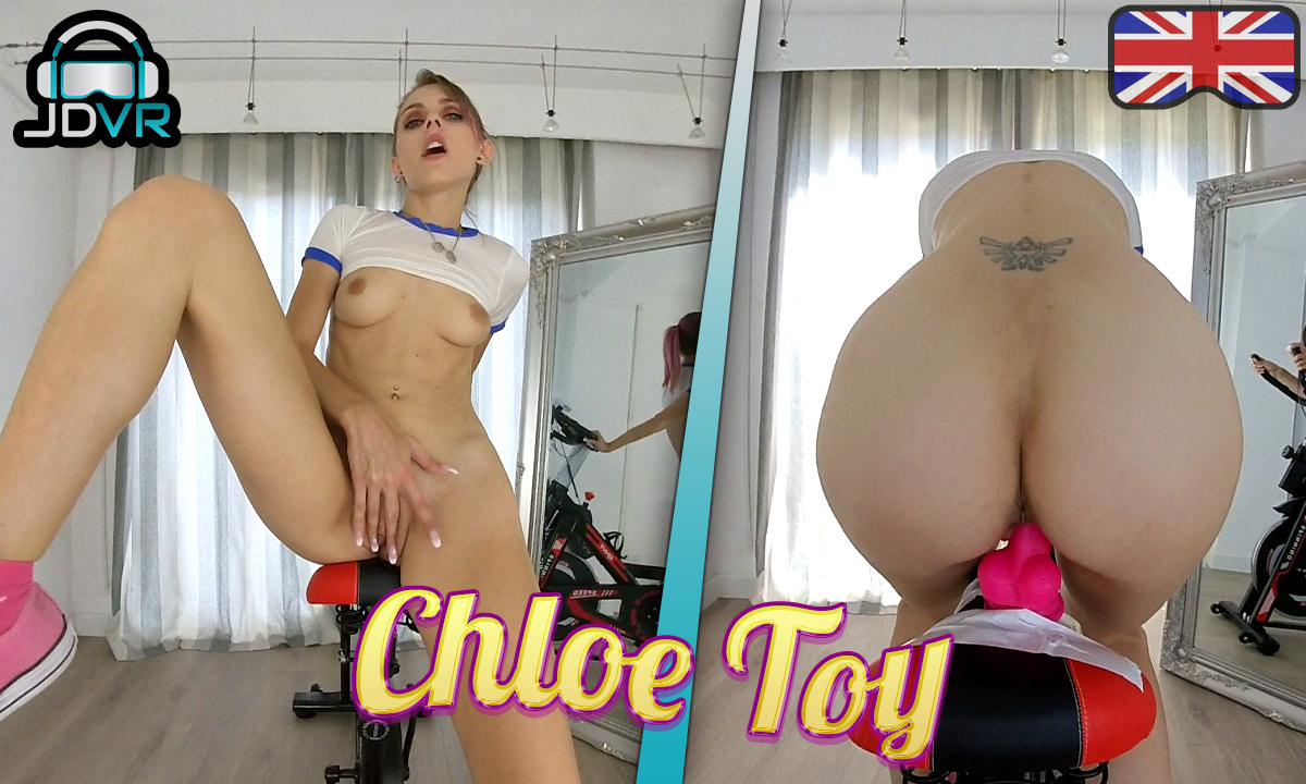 Personal Trainer - Chloe Toy
