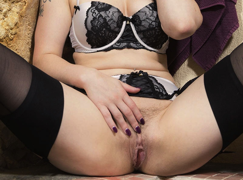 I'm Lucia Love - Watch Me Stick This Dildo Deep Inside my Pussy